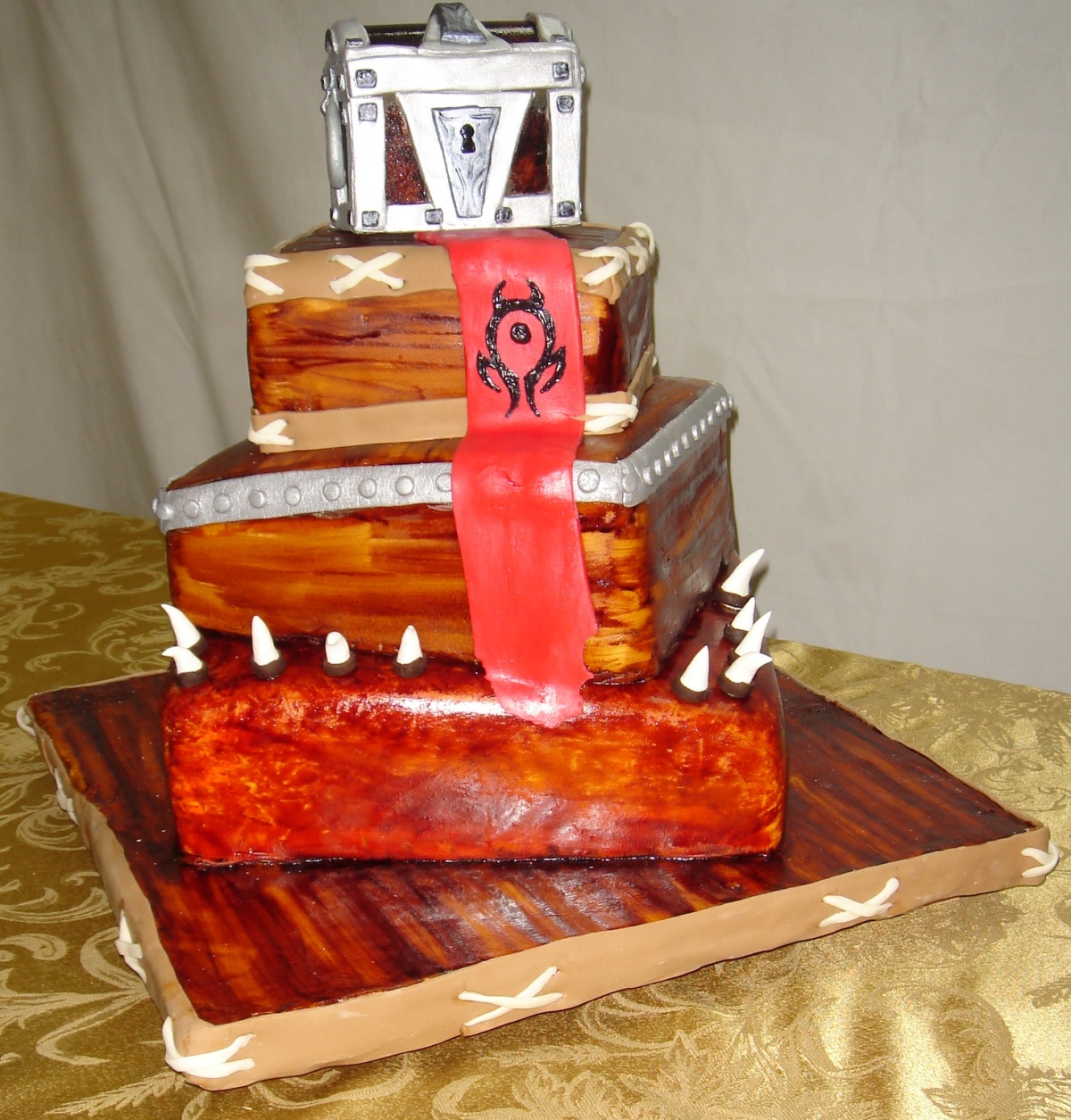 worldofwarcraftweddingcake[1]