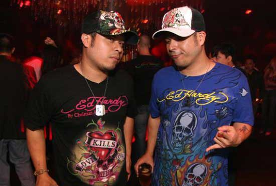 ed-hardy-douchebags-things-men-should-never-wear